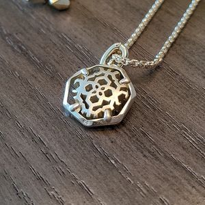 NEW Kendra Scott Filigree Coin Charm Necklace